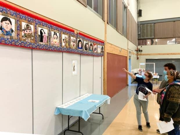 The quilt banner was on display at the Mistissini Sports Complex during the community's vaccination clinic, and now permanently hangs in the Public Health building.