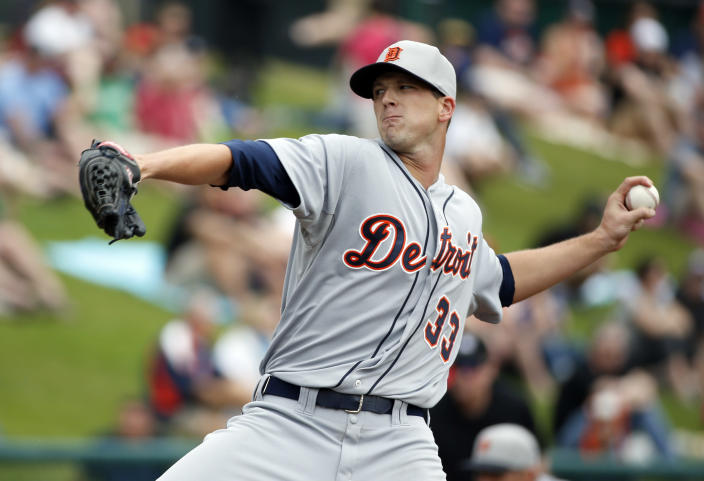 Detroit Tigers starting pitcher Drew Smyly throws in the first inning of a spring exhibition baseball game against the Atlanta Braves, Wednesday, Feb. 26, 2014, in Kissimmee, Fla. (AP Photo/Alex Brandon)