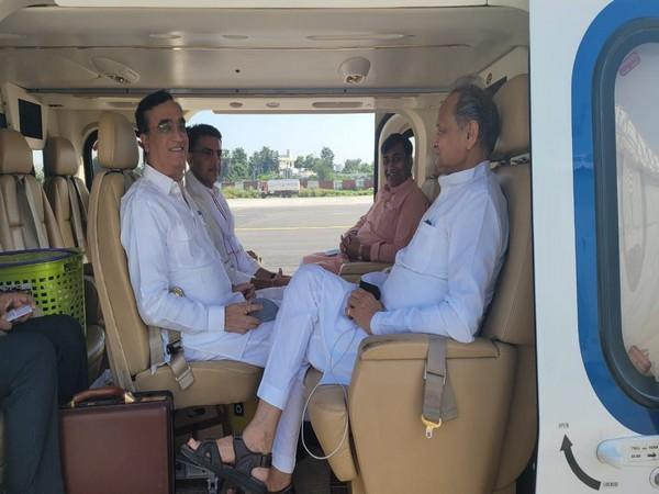 Chief Minister Ashok Gehlot and Congress leader Sachin Pilot  travelling in a same helicopter (Photo/ANI)
