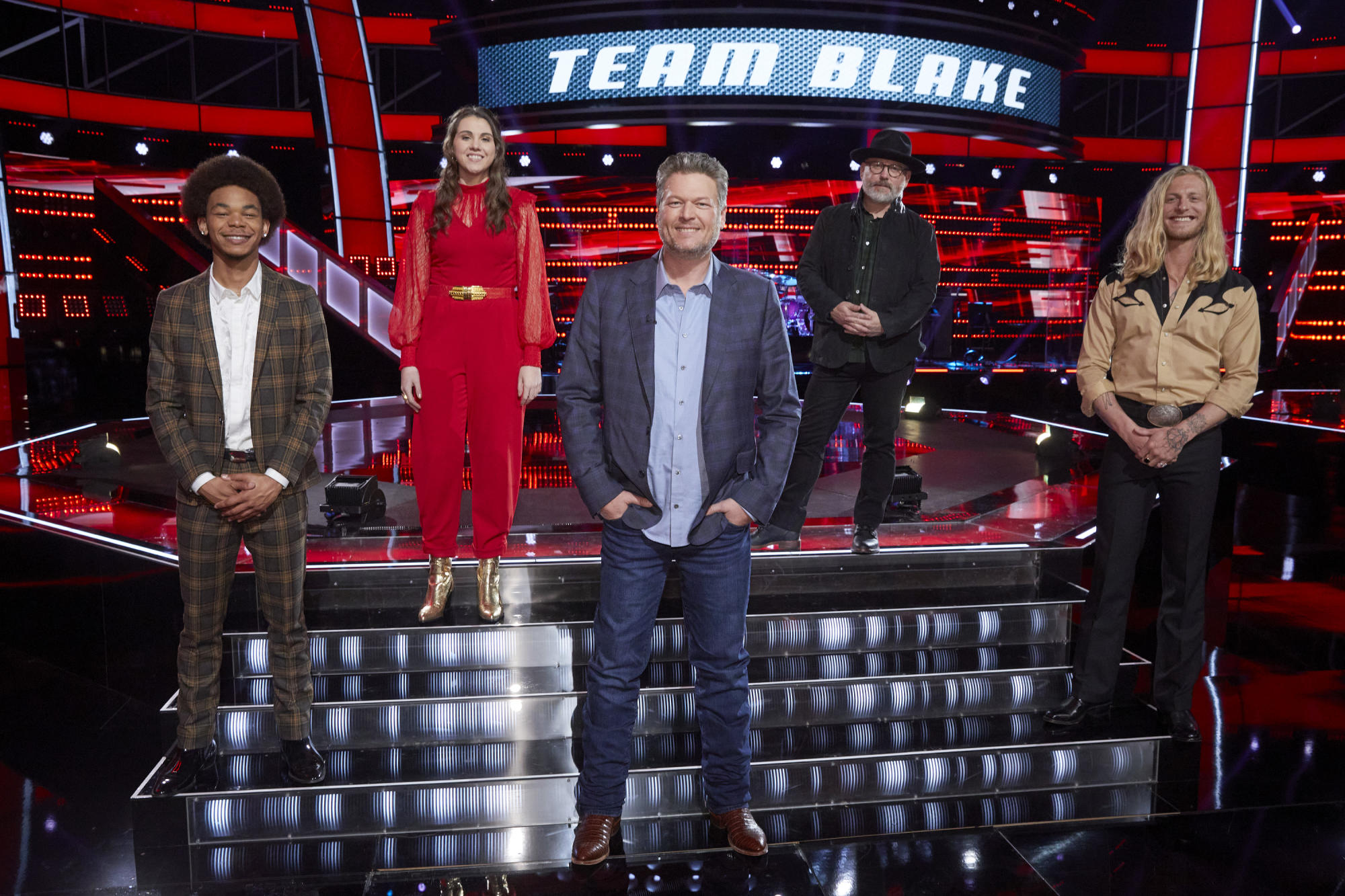 After 10 years and 20 seasons, Blake Shelton thinks 'The Voice' has finally found its 'first superstar' - Yahoo Entertainment