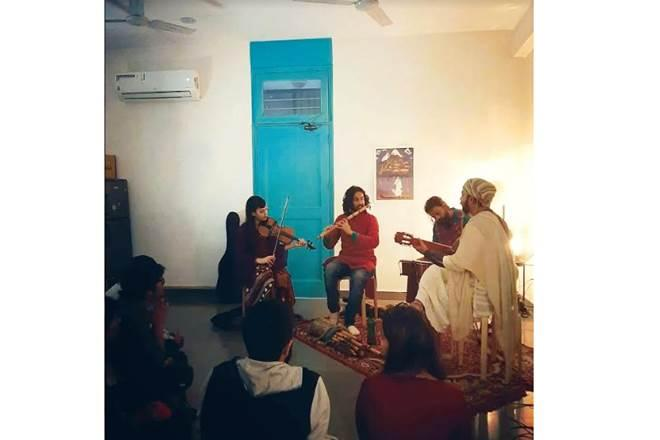 musical gigs,indie pop musician,Aritry Das,musical traditions of India,Awaaz Studio,Space Session,Worker Bee
