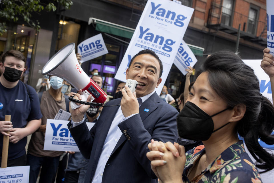 Andrew Yang and Evelyn Yang