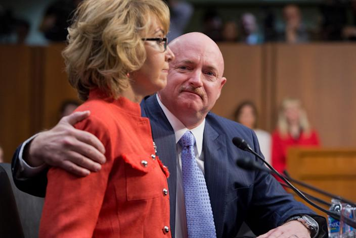 mark kelly gabrielle giffords