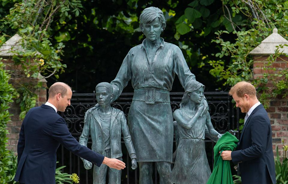 LONDON, ENGLAND - JULY 01: Prince William, Duke of Cambridge and Prince Harry, Duke of Sussex during the unveiling of a statue they commissioned of their mother Diana, Princess of Wales, in the Sunken Garden at Kensington Palace, on what would have been her 60th birthday on July 1, 2021 in London, England. Today would have been the 60th birthday of Princess Diana, who died in 1997. At a ceremony here today, her sons Prince William and Prince Harry, the Duke of Cambridge and the Duke of Sussex respectively, will unveil a statue in her memory. (Photo by Dominic Lipinski - WPA Pool/Getty Images)