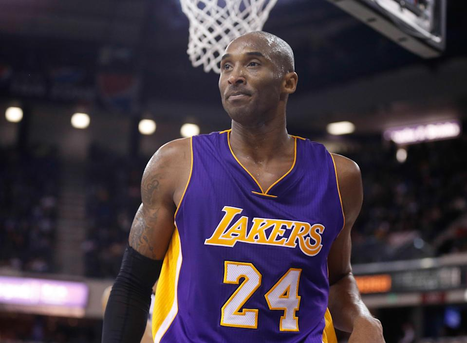 Kobe Bryant may take time off after another subpar outing in Lakers' loss