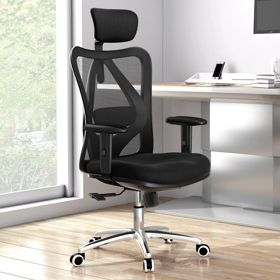 """<h2>Best Heavy-Duty Ergonomic Office Chair</h2><br><h3>Ebern Designs Ashendon Ergonomic Mesh Task Chair</h3><br>Unfortunately, not all chairs were made completely accessible. This chair from Wayfair, however, can accommodate up to 330 pounds and has a W-designed seat cushion for ideal comfy butt conditions — regardless of size. <br><br><em>Shop <strong><a href=""""https://www.wayfair.com/furniture/pdp/ebern-designs-ashendon-ergonomic-mesh-task-chair-w002291366.html"""" rel=""""nofollow noopener"""" target=""""_blank"""" data-ylk=""""slk:Wayfair"""" class=""""link rapid-noclick-resp"""">Wayfair</a></strong><br></em><br><br><strong>Ebern Designs</strong> Ashendon Ergonomic Mesh Task Chair, $, available at <a href=""""https://go.skimresources.com/?id=30283X879131&url=https%3A%2F%2Fwww.wayfair.com%2Ffurniture%2Fpdp%2Febern-designs-ashendon-ergonomic-mesh-task-chair-w002291366.html"""" rel=""""nofollow noopener"""" target=""""_blank"""" data-ylk=""""slk:Wayfair"""" class=""""link rapid-noclick-resp"""">Wayfair</a>"""