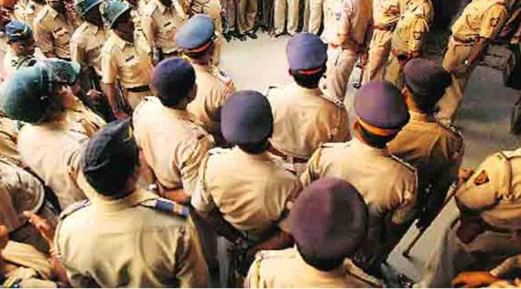 Return Rs 6.11 lakh recovered from cop's family, MAT tells Mumbai police