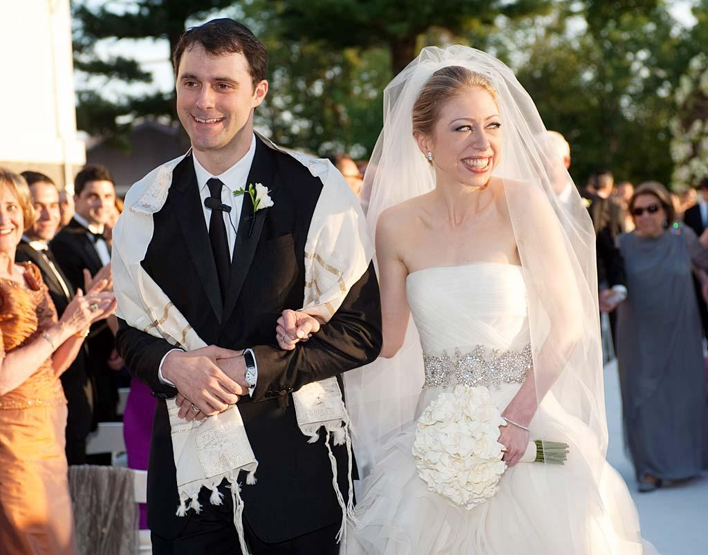 """Chelsea Clinton wed her longtime beau Marc Mezvinsky in Rhinebeck, New York, in front of 400 of their closest friends. """"We could not have asked for a more perfect day to celebrate the beginning of their life together, and we are so happy to welcome Marc into our family,"""" said President Bill Clinton and Secretary of State Hillary Clinton in a statement. <a href=""""http://www.wireimage.com"""" target=""""new"""">WireImage.com</a> - July 31, 2010"""