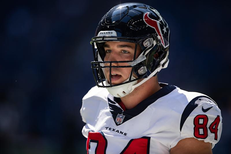 Texans TE Ryan Griffin Charged for Drunkenly Punching Hotel Window