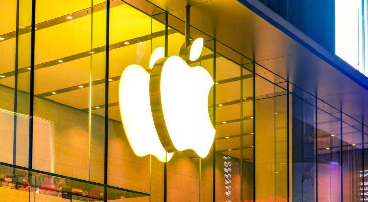 Dividend Stocks to Buy: Apple (AAPL)