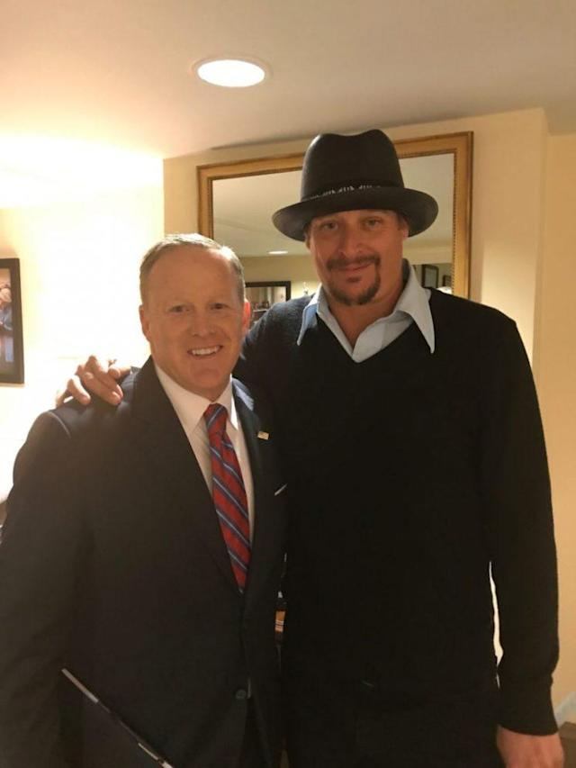 We wish Kid Rock would have lent Sean Spicer his hat. (Photo: SarahPalin.com)