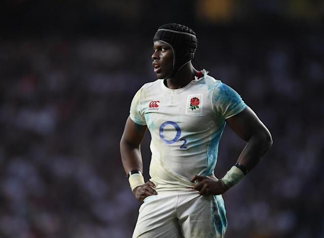 Itoje struggled to run the lineout (Getty)