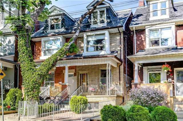 "<p><a href=""https://www.zoocasa.com/toronto-on-real-estate/5348045-3-bellwoods-ave-toronto-on-m6j2p3-c4149585"" rel=""nofollow noopener"" target=""_blank"" data-ylk=""slk:3 Bellwoods Ave., Toronto, Ont."" class=""link rapid-noclick-resp"">3 Bellwoods Ave., Toronto, Ont.</a><br> Location: Toronto, Ontario<br> List Price: $998,900<br> (Photo: Zoocasa) </p>"