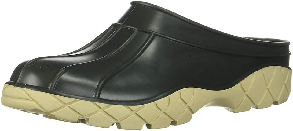 """<h2>Baffin Patio Clog</h2><br>The deeply treaded sole on these rubber clogs is perfect for trekking around the dog park — or just chasing your dog around the house.<br><br><strong>Baffin</strong> Patio Clog, $, available at <a href=""""https://amzn.to/3l308xT"""" rel=""""nofollow noopener"""" target=""""_blank"""" data-ylk=""""slk:Amazon"""" class=""""link rapid-noclick-resp"""">Amazon</a>"""