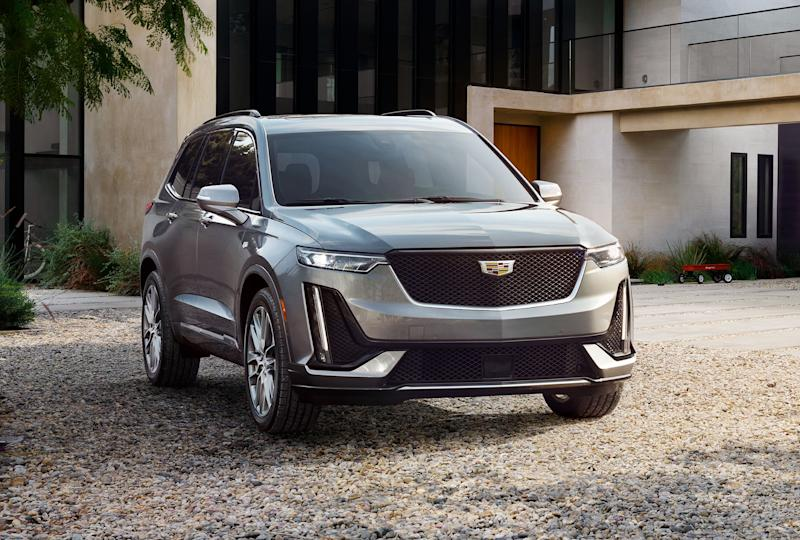 Cadillac debuts 3-row crossover XT6 to lure luxury buyers from rivals