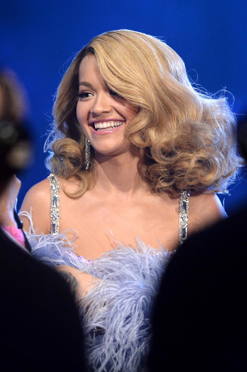 <p>Voluminous blonde curls and a lilac, feathery number gave off major Beyonce vibes. <em>[Photo: Getty]</em> </p>