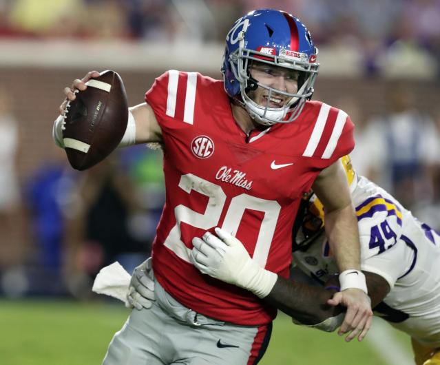 "<a class=""link rapid-noclick-resp"" href=""/ncaaf/players/263176/"" data-ylk=""slk:Shea Patterson"">Shea Patterson</a> is transferring to Michigan after two seasons at Ole Miss. (AP Photo/Rogelio V. Solis)"