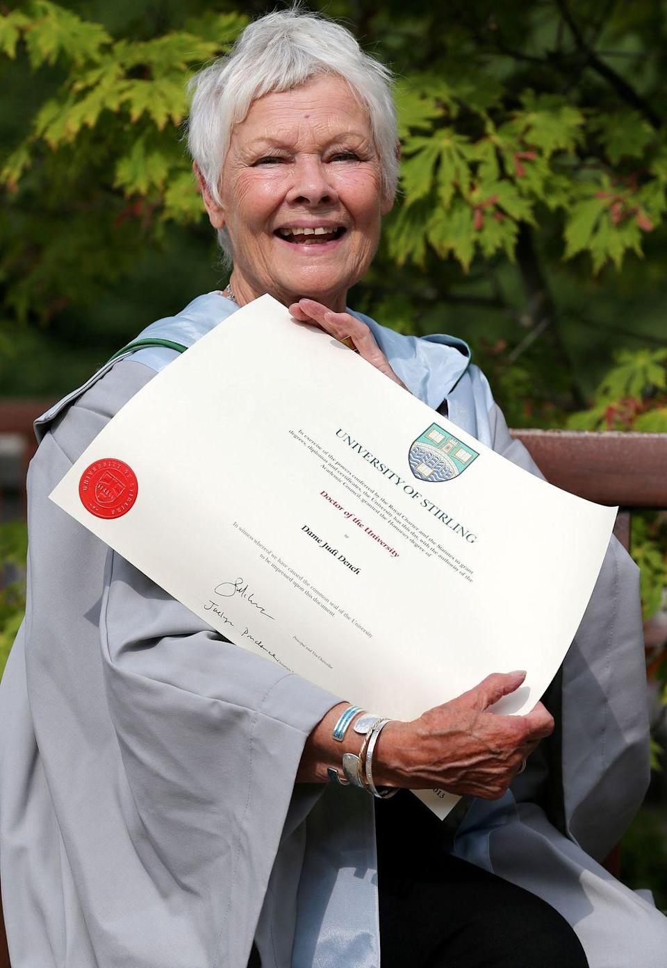 <p>Dame Judi Dench was honored by the Iris Murdoch Dementia Service Development Centre at Stirling University after receiving a doctorate for her contribution to film.<br></p>