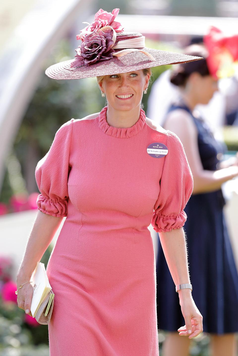 <p>Another Ascot 2017 look consisting of a dusty pink dress with a high neck and a wide-brimmed hat. <em>[Photo: Getty]</em> </p>