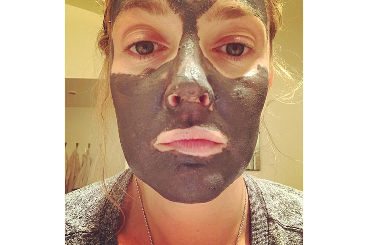 <p>Stars deal with acne just like the rest of us. Chrissy Teigen made her period skin well-known and Drew's been honest about her breakouts too. Her recommedation for zapping zits: Glamglow Supermud Clearing Treatment face mask.</p>