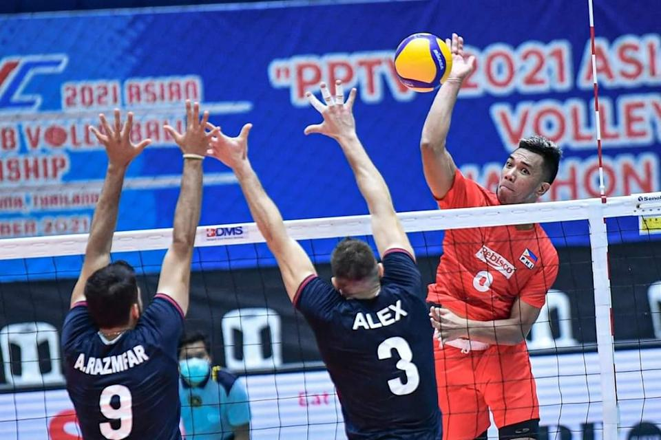 Mark Alfafara scores a team-high seven points in Rebisco's loss to Sirjan Foulad Iranian in the 2021 Asian Men's Club Volleyball Championship. (Photo: AVC - Asian Volleyball Confederation/ Facebook)