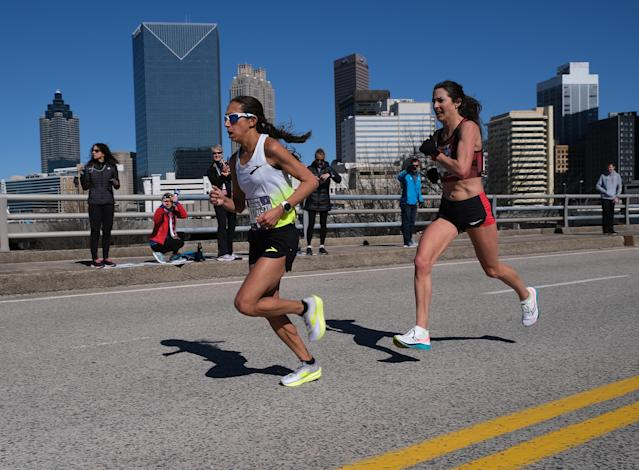 Des Linden and Laura Thweatt race during the U.S. Olympic marathon team trials on February 29, 2020 in Atlanta, Georgia. (Andy Kiss/Getty Images)