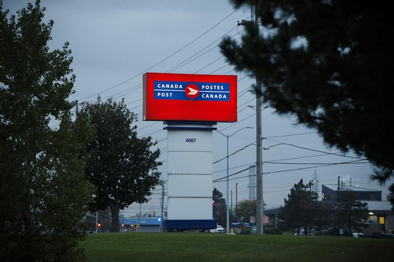 Canada Postal Workers Union Starts Second Day Of Disruptions