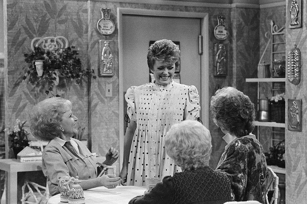 "<p>When the script for the pilot episode of <em>The Golden Girls</em> was revised and it included a kitchen, Ed turned to the TV sets he had tucked away in storage (more than 150!) from other shows. In the end, the kitchen of the short-lived sitcom, <em>It Takes Two</em>, was chosen.<br> <br>""We took what had been the show's kitchen and just spliced it right on to <em>The Golden Girls</em>' living room,"" <a href=""https://www.amazon.com/Golden-Girls-Forever-Unauthorized-Behind/dp/0062422901"" target=""_blank"">Michael told Jim Colucci</a>. ""We took out the oven area and a couple of cabinets to make it a little smaller, but otherwise that was their wallpaper, their shelves, and their plants."" </p><p>Interestingly enough, an oven was never actually worked back into the kitchen set, and when a scene called for the use of the oven, the ladies had to fake taking food out of a non-existent appliance.<br></p><p><strong>RELATED: <a href=""https://www.housebeautiful.com/lifestyle/a28339291/friends-golden-girls-set-john-shaffner/"" target=""_blank"">The 'Friends' Set and 'Golden Girls' Set Have a Crazy Connection</a></strong></p>"