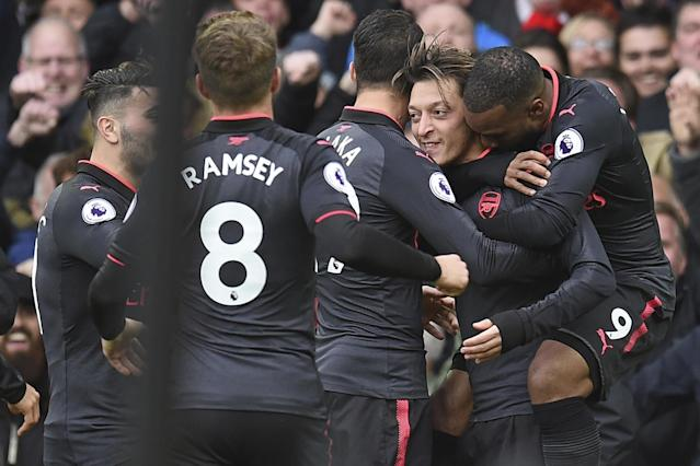 Mesut Ozil scored one goal and set up another in Arsenal's 5-2 win over Everton.