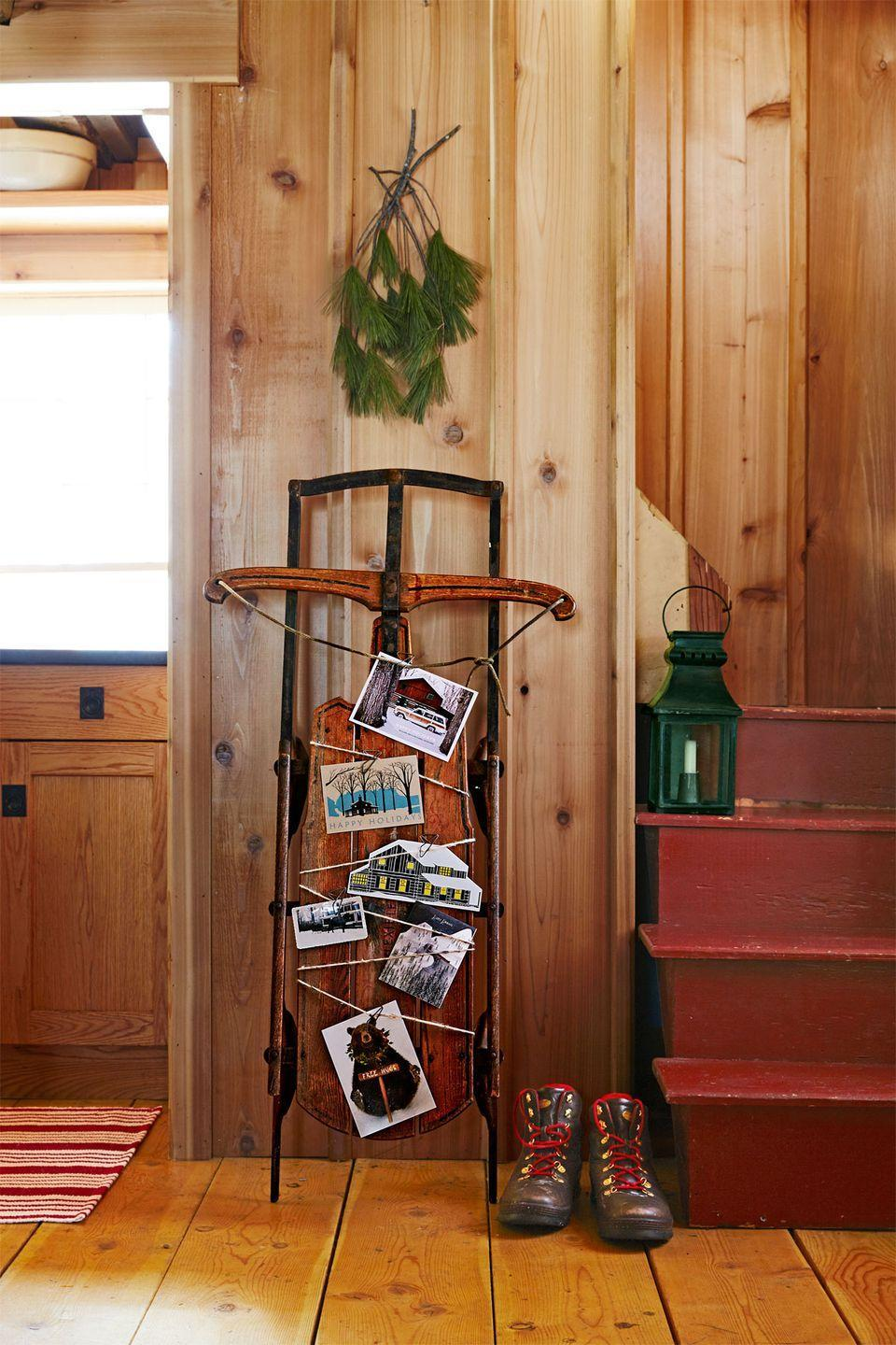 <p>A century-old coaster calls to mind winters past and showcases a flurry of Christmas greetings.</p>