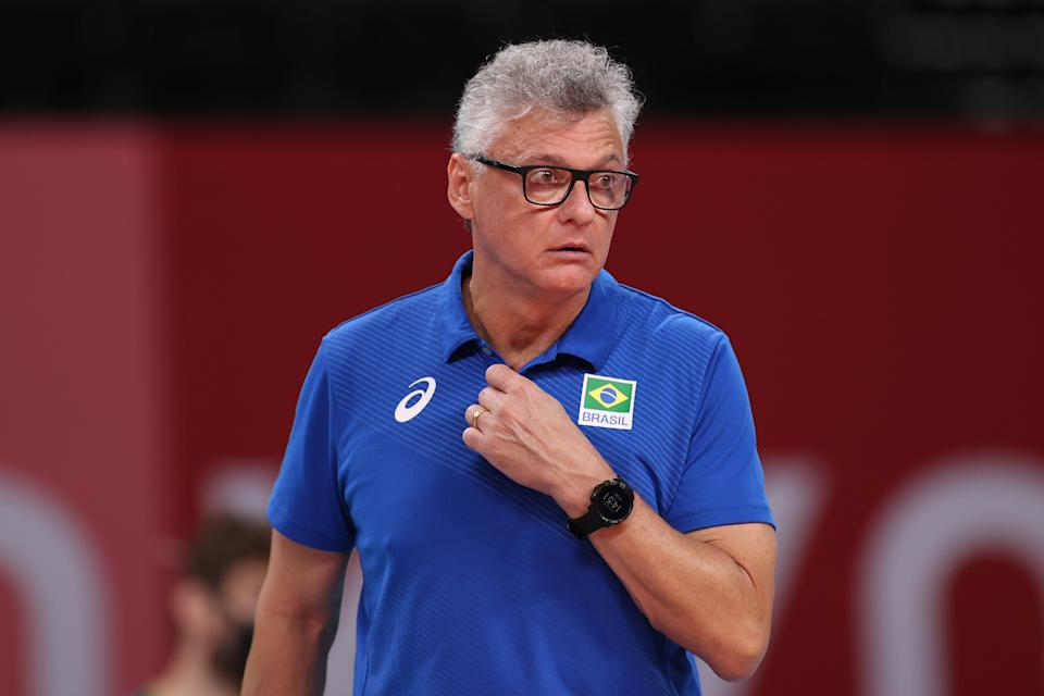 TOKYO, JAPAN - AUGUST 05: Renan Dal Zotto of Team Brazil looks on against Team ROC during the Men's Semifinals volleyball on day thirteen of the Tokyo 2020 Olympic Games at Ariake Arena on August 05, 2021 in Tokyo, Japan. (Photo by Toru Hanai/Getty Images)