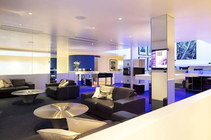 <p>O'Connor says he loves that the place can accommodate a huge party one night, yet the next night feel like an intimate home for his family of four.</p>