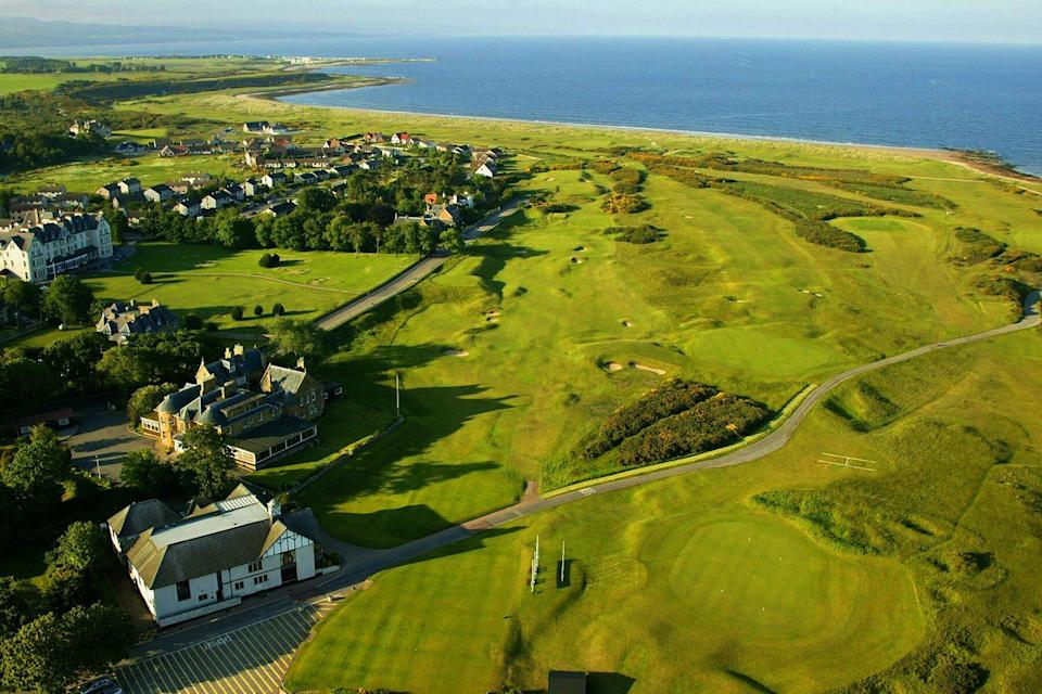 Aerial view of the clubhouse and the 1st par 4, Royal Dornoch, Championship Course