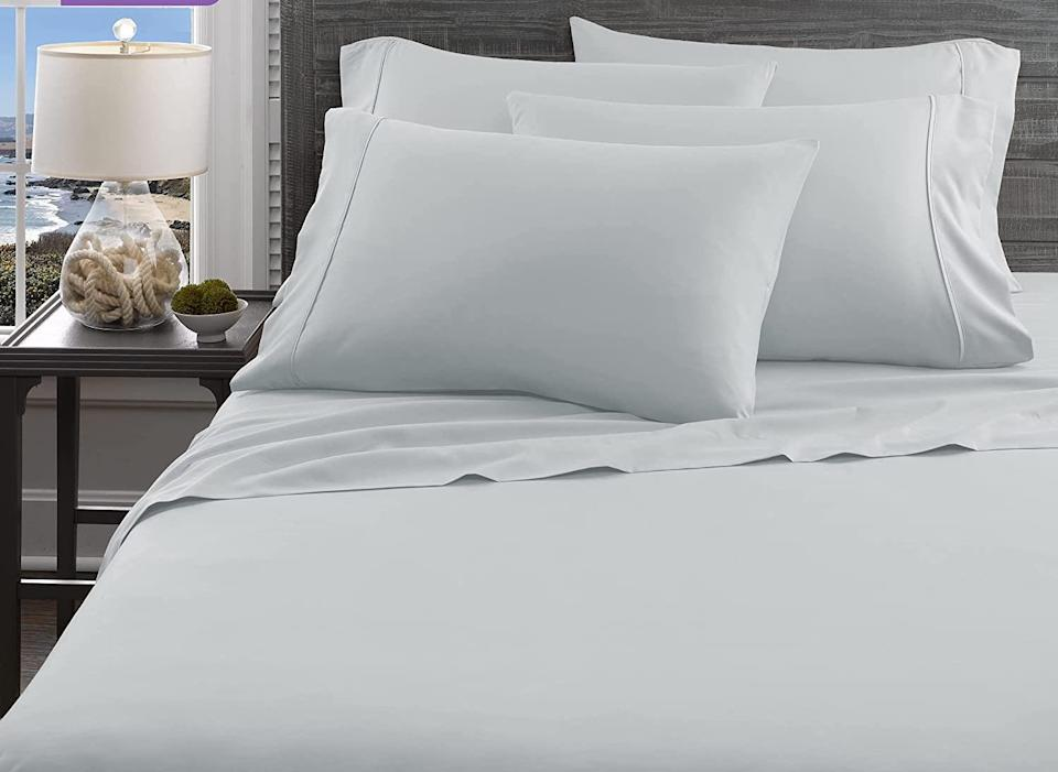 This sheet set comes in five different colors. (Photo: Amazon)