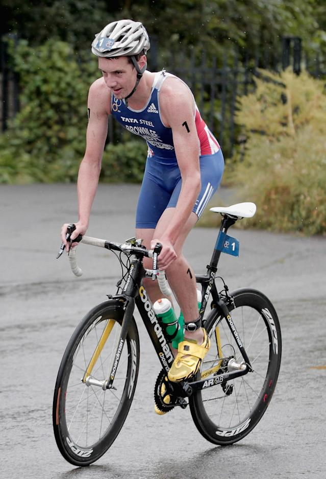 BEIJING, CHINA - SEPTEMBER 10: Alistair Brownlee of Great Britain in action on the cycle leg of the Men's Elite race during the 2011 ITU World Championship Grand Final at Shisanling Reservoir on September 10, 2011 in Beijing, China. (Photo by Lintao Zhang/Getty Images)