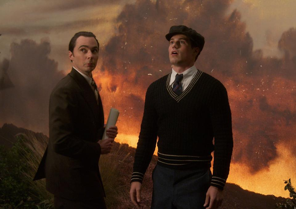 """Netflix's """"Hollywood"""" portrays the rise of actor Rock Hudson (Jake Picking, right) at the hands of hisSvengali-like manager, Henry Willson (Jim Parsons). (Photo: Netflix )"""