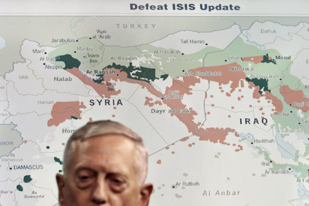 Secretary of Defense Jim Mattis briefs the media on ISIS at the Pentagon. (Photo: Jacquelyn Martin/AP)