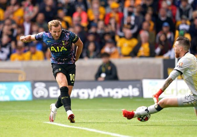 Harry Kane in action against Wolves