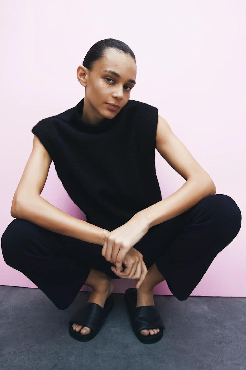 <p>Whether you like a puffed platform that has more of a sporty vibe or a thong sandal, the new minimalist shoe is the sleek leather sandal, rather than the strappy stiletto kitten heel that was big the year before.</p> <p><span>Zara Flat Padded Leather Sandals</span> ($60)</p>