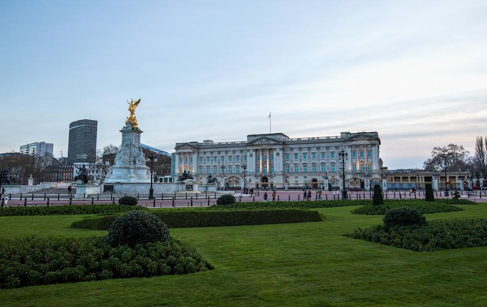 LONDON, ENGLAND - MARCH 09: A view of Buckingham Palace and Gardens the following day after Meghan & Harry's interview with Oprah on March 09, 2021 in London, England . (Photo by Jo Hale/Getty Images)