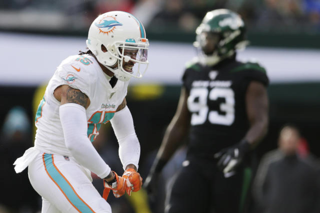 Miami Dolphins wide receiver Albert Wilson (15) reacts during the first quarter of an NFL football game against the New York Jets, Sunday, Dec. 8, 2019, in East Rutherford, N.J. (AP Photo/Adam Hunger)