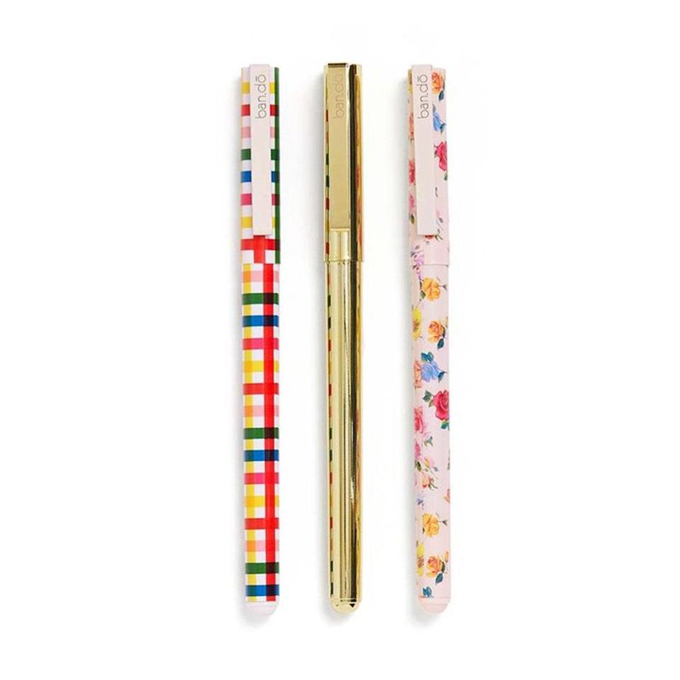 """Nurses would <em>like</em> to keep pens on hand, but somehow we lose them all the time. Give me some good-quality pens, and a lot of them! <em>—C.G.</em> $14, Ban.do. <a href=""""https://www.bando.com/products/write-on-pen-set-coming-up-roses"""" rel=""""nofollow noopener"""" target=""""_blank"""" data-ylk=""""slk:Get it now!"""" class=""""link rapid-noclick-resp"""">Get it now!</a>"""