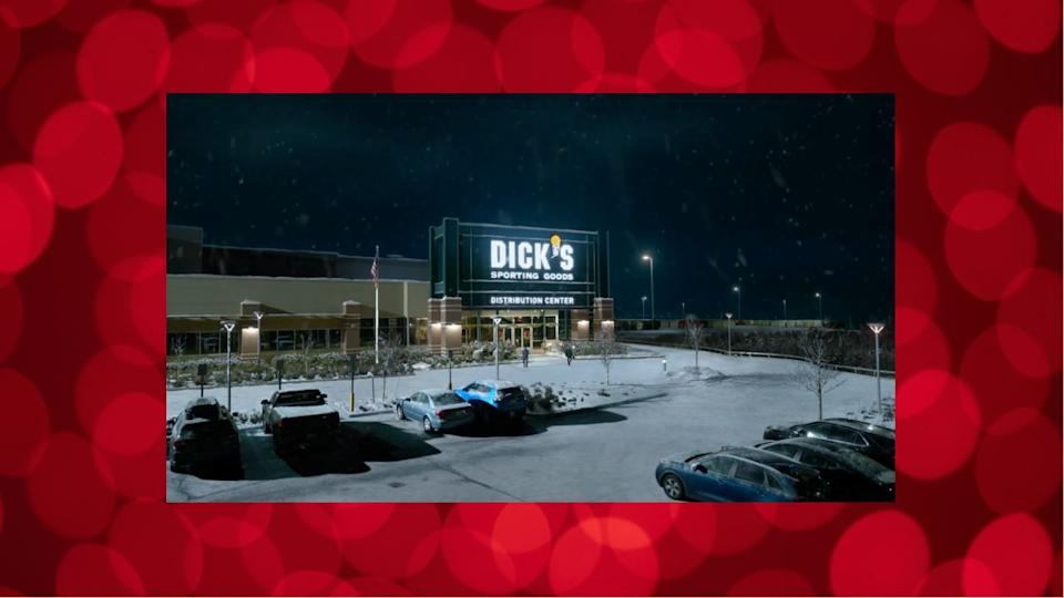 """DICK'S Sporting Goods Kicks Off Holiday Season on November 18 With First-Ever """"10 Days of Black Friday"""""""
