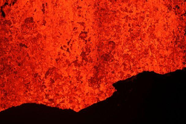 PHOTO: Lava erupts from a fissure in Kapoho, Hawaii, May 21, 2018. (Jae C. Hong/AP)