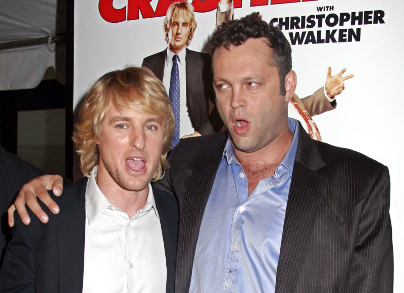 "Actors Owen Wilson and Vince Vaughn pose for pictures on the red carpet during premiere of ""Wedding Crashers"" in New York City. Actors Owen Wilson (L) and Vince Vaughn pose for pictures on the red carpet during the New York premiere of ""Wedding Crashers"" in New York City July 13, 2005. REUTERS/Seth Wenig"