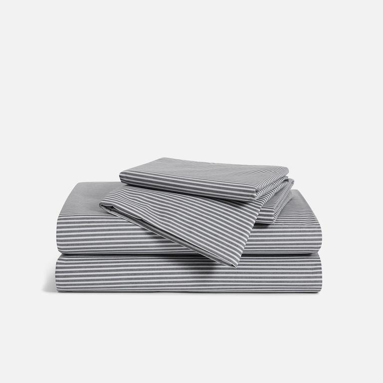 """<h2>Bedding & Bath</h2><br><h3>Brooklinen</h3><br><strong>Sale:</strong> 15% off sitewide (Last Call and Spaces items are excluded from sale)<br><strong>Promo Code:</strong> None <br><strong>Dates:</strong> Now - July 7<br><br><em>Shop</em> <strong><em><a href=""""http://brooklinen.com"""" rel=""""nofollow noopener"""" target=""""_blank"""" data-ylk=""""slk:Brooklinen"""" class=""""link rapid-noclick-resp"""">Brooklinen</a></em></strong><br><br><strong>Brooklinen</strong> Luxe Hardcore Set, $, available at <a href=""""https://go.skimresources.com/?id=30283X879131&url=https%3A%2F%2Fwww.brooklinen.com%2Fproducts%2Fluxe-hardcore-sheet-bundle"""" rel=""""nofollow noopener"""" target=""""_blank"""" data-ylk=""""slk:Brooklinen"""" class=""""link rapid-noclick-resp"""">Brooklinen</a>"""
