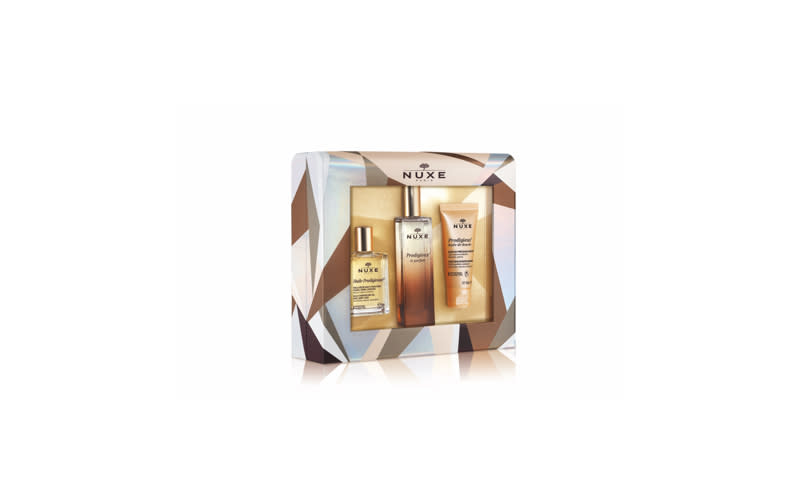 "<p><a rel=""nofollow"" href=""https://uk.nuxe.com/gifts-for-her/prodigieux-le-parfum-luxury-gift-set-with-perfume-dry-oil-and-shower-oil""><em>Nuxe, £37</em></a> </p>"