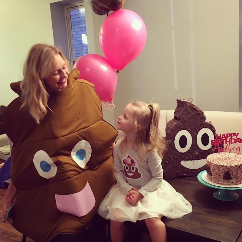 "When a Missouri mom named Rebecca asked her daughter, Audrey, how she'd like to celebrate her third birthday, the toddler <a href=""http://www.huffingtonpost.com/entry/this-little-girl-wanted-a-poop-themed-birthday-party-so-her-parents-threw-her-one_us_58e4fbf5e4b03a26a3682e26"">had only one theme in mind</a>: ""poop."""
