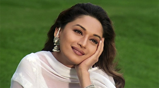 Madhuri Dixit: This Bollywood Diva was offered a role in a untitled Hollywood movie in a cameo which was a dream sequence in the film.It was about  the journey of an American girl who aspires to become a Bollywood heroine. Despite being offered a hefty sum she had to let go of the role as she was not interested in a cameo.