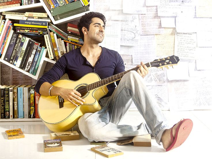 Ayushmaann Khurana:  The Vicky Donor is a singer and loves to play the guitar. He  has sung in most of his films. Not only that he released his  single recently and hopes to take his singing very seriously.